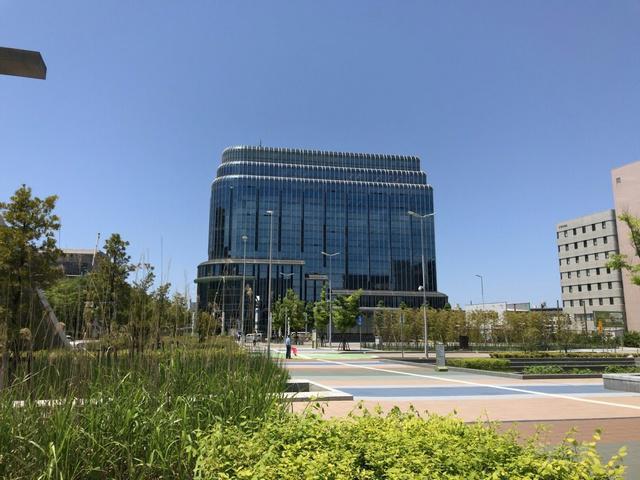中小企業基盤整備機構は金沢駅西口から見える